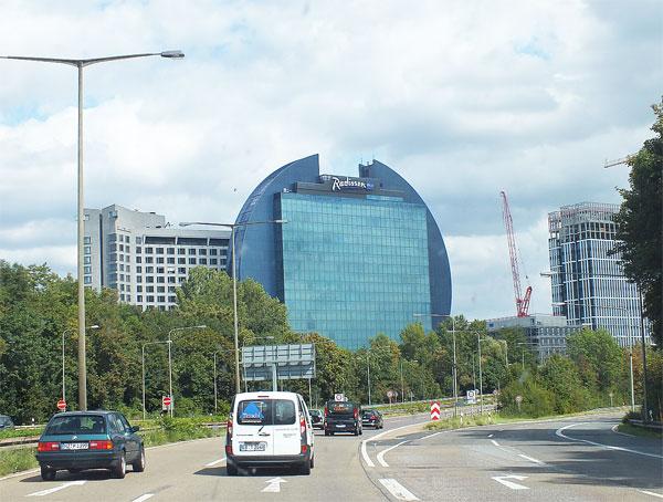 Beim Städteplanung stärker auf kurze Pendlerwege mit dem öffentlichen Nahverkehr zwischen der Arbeit und zuhause setzen. / Foto: HB