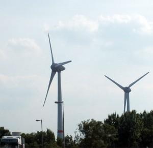 Windstrom an der Autobahn / Foto: HB