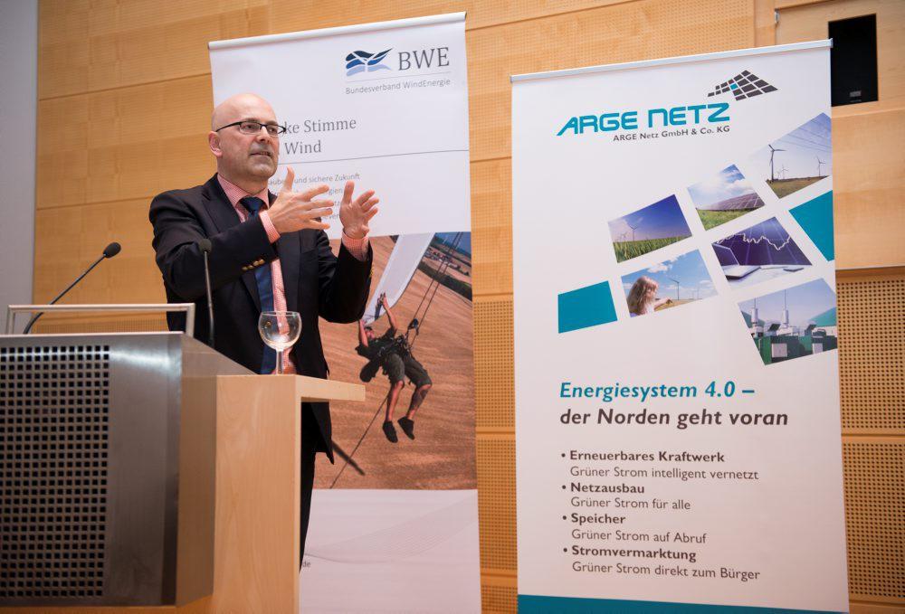 Ministerpräsident Torsten Albig: kein rechtsfreier Raum für die Windenergie © BWE/Tim Riediger