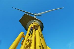Energie Für rund ein Drittel der bisher errichteten Anlagen in Nord- und Ostsee hat Bilfinger die Fundamente gesetzt. Künftig werden die etwa 1.000 Tonnen schweren Stahlkonstruktionen aber nicht nur verankert, sondern auch selbst produziert. Dazu hat Bilfinger 2012 ein Joint-Venture mit einem polnischen Partner gegründet./ Pressebild: Bilfinger