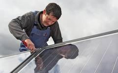 Fachbetriebe und Hersteller können sich mit Nachfragen und für weitere Informationen unter heizungslabel(at)bsw-solar.de an den BSW-Solar wenden. / Pressebild: BSW