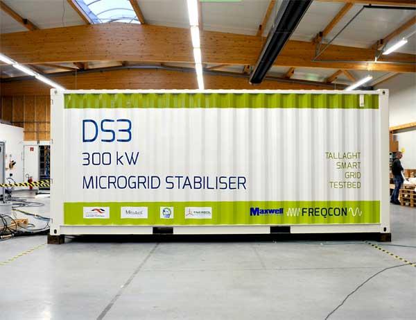 Montage des DS3 Microgrid Stabilizers bei FREQCON (c) FREQCON