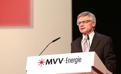 Vorstandsvorsitzender Dr. Georg Müller bei der diesjährigen Hauptversammlung von MVV Energie / Pressebild