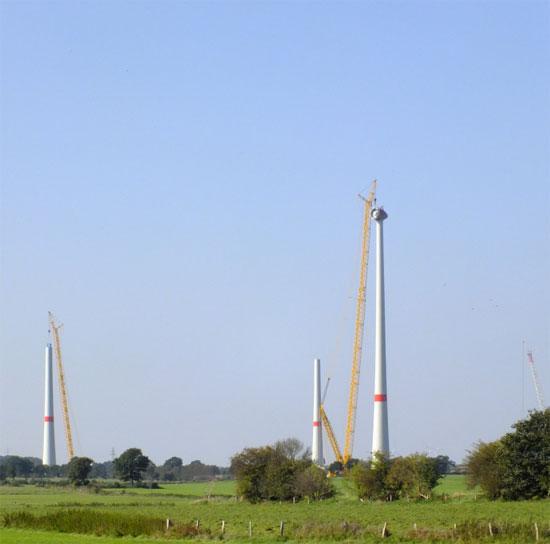 Ungebremst geht der Windenergieausbau in Schleswig-Holstein voran. Anwohner haben laut Gericht kein Mitspracherecht. / Foto: HB