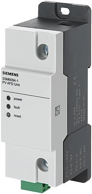 Das neue Schutzgerät aus der Reihe 5SM6 erkennt gefährliche Fehlerlichtbögen in den Strings einer PV-Anlage.