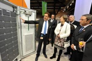 Immer mehr Hausbesitzer streben eine möglichst hohe Autarkie bei ihrem Energiebedarf an: Sie wollen Strom selbst erzeugen und auch selbst nutzen. / Pressebild: badenova AG & Co. KG