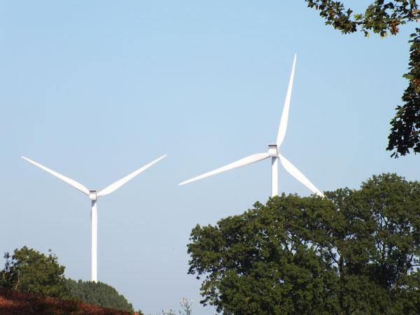 Der Ausbau der Erneuerbaren Energien ist außer bei der Windkraft faktisch zum Erliegen gekommen. / Foto: HB