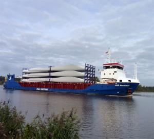 Der Norddeicher Hafen ist aufgrund seiner Lage für viele Offshore-Windparks der nächstgelegene Servicehafen auf dem Festland. / Foto: HB