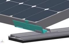 Lastschiene macht Flachdachmontagesystem fit für den Einsatz in schneereichen Regionen / Pressebild: Inter Solar AG