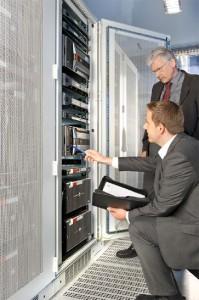 Die komplette Infrastruktur kann in einem einzigen Zertifikat abgebildet werden / Pressebild: TÜV SÜD