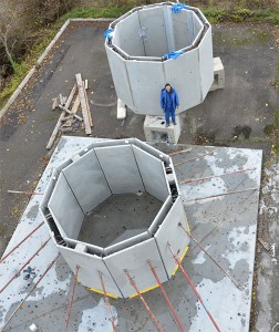 Die ringförmigen Segmente mit einer Außen- und einer Innenwand vor dem Aufbau. / Copyright: TU Wien
