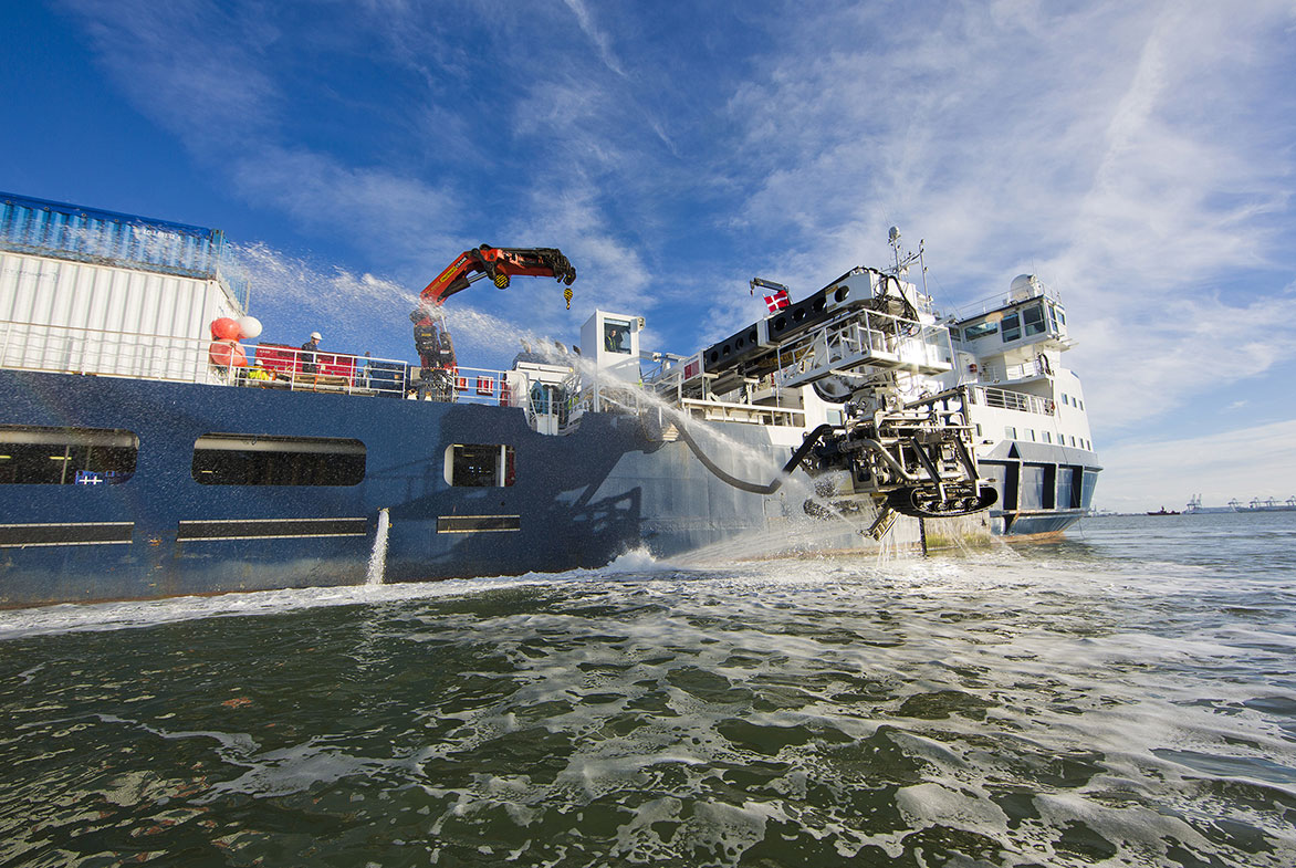 The cable-laying vessel SIA and her experienced crew will install the cables. / A2SEA A/S