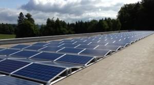 Industrie erzeugt eigenen Strom / © 2013 iKratos Solar und Energietechnik GmbH