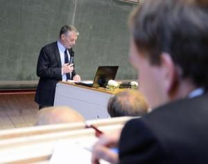 FH-Präsident Prof. Dr. Holger Watter begrüßte die Teilnehmer der Fachtagung. Foto: Gatermann