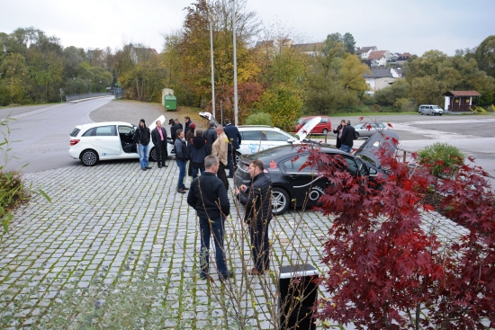 Verschiedene Autos konnten besichtigt und probegefahren werden / Pressebild: C.A.R.M.E.N. e.V.