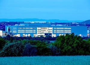 Die Technologiefabrik Scharnhausen – Fertigungsstandort von Festo für Ventile, Ventilinseln und Elektronik. (Foto: Festo AG & Co. KG)