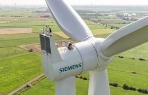 54 Siemens SWT-3.2-101 Windenergieanlagen für Projekt Clyde Extension: Die getriebelosen Anlagen werden das Onshore-Windkraftwerk Clyde des Betreibers SSE im schottischen Lanarkshire um 172,8 Megawatt Leistung erweitern.