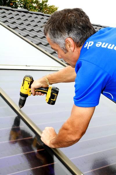 Bundesregierung erhöht Zuschüsse für Solarheizungen um 20 Prozent / Pressebild:BSW-Solar