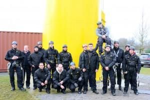 14 zukünftigen Offshore-Techniker  im Rahmen der Praxis-Trainings / Pressebild