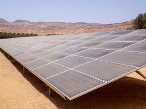 Verschmutzte Module einer 40 MW-Anlage in Israel / Pressebild
