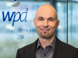 Dr. Hartmut Brösamle für weitere fünf Jahre zum Vorstand der wpd AG bestellt / Pressebild: wpd