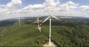 Windpark Hohenstein: Neben den Anlagen in Mittelhessen hat juwi neue Projekte in Rheinland-Pfalz in Nordrhein-Westfalen, Südhessen, Thüringen, Bayern, Baden-Württemberg und dem Saarland realisiert. (Bildquelle: juwi/Wilhelm)