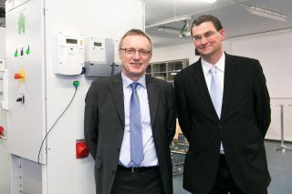 In der ENERGYbase der FH Technikum Wien eröffnete am 18. Februar 2016 das erste Smart Grids Lehrlabor, Smart Hybrid Energy Lab in Österreich / Pressebild
