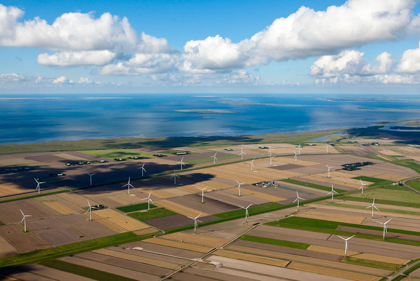 Von der aktuellen, restriktiven Genehmigungspraxis in Schleswig-Holstein sind auch Repowering-Projekte betroffen. Foto: Andreas Birresborn