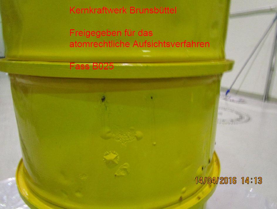 Für drei Jahre sind alle Fässer vom Hersteller als sicher erklärt ... Pressebild: Ministerium für Energiewende, Landwirtschaft, Umwelt und ländliche Räume des Landes Schleswig-Holstein