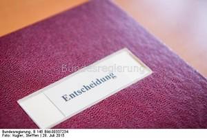 Mappe (im Bundesministerium für Wirtschaft und Energie). / Fotograf: Kugler, Steffen / Quelle: Bundesregierung