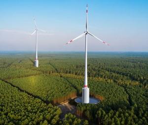 """""""Die Windanlagen des Naturstromspeichers werden einmal so aussehen wie in dieser Montage."""" (Quelle: MBS Naturstromspeicher)"""