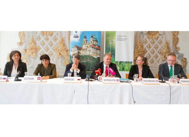 Energiewendevertrag Im Rahmen des traditionellen Treffens der deutschsprachigen UmweltministerInnen stehen heute in Melk Themen wie der europäischer Energiewendevertrag auf der Agenda. / Pressebild