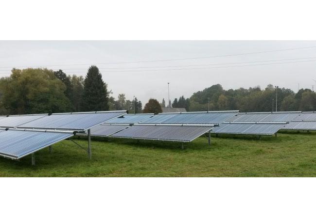 Vakuumröhrenkollektoren nutzen Sonnenenergie zur Wärmeerzeugung. Quelle: Verbandsgemeindewerke Simmern