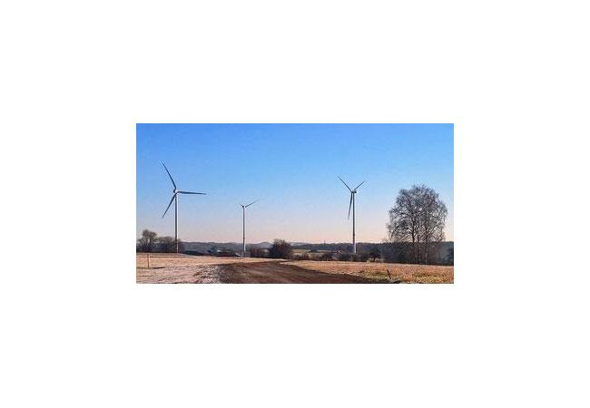 Am Netz: Die drei Anlagen vom Typ Vestas V126 auf dem Petersberg produzieren jährlich Strom für 7.000 Haushalte. / Pressebild