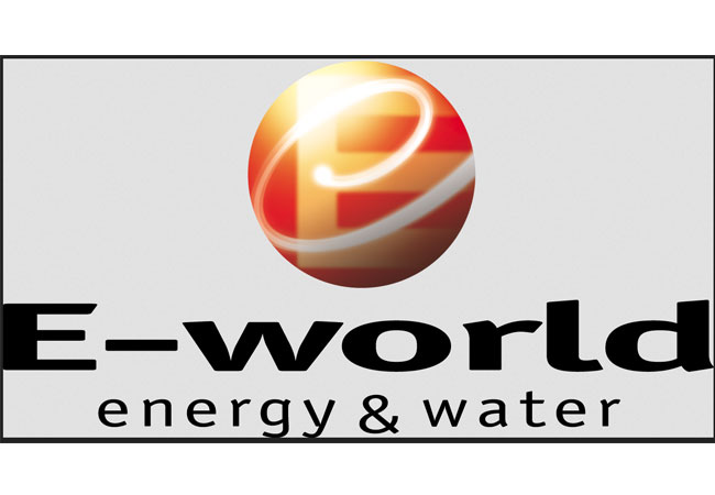 """Fachkongress Zukunftsenergien als Eröffnungstagung der 17. """"E-world energy & water 2017"""", der erfolgreichsten europäischen Energiefachmesse."""
