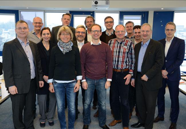 BU: Der Beirat des Instituts für Windenergietechnik traf sich zur ersten Sitzung. Foto: Gatermann