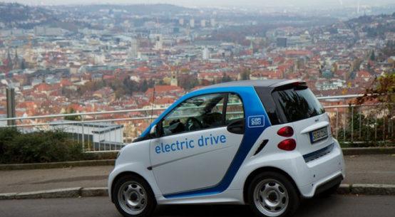 """car2go ermöglicht immer mehr Menschen das Erlebnis E-Mobilität. Weiterer Text über ots und www.presseportal.de/nr/115255 / Die Verwendung dieses Bildes ist für redaktionelle Zwecke honorarfrei. Veröffentlichung bitte unter Quellenangabe: """"obs/car2go Group GmbH/car2go / Daimler"""""""