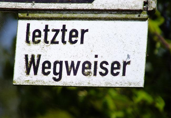 Letzter Wegweiser / Foto: HB