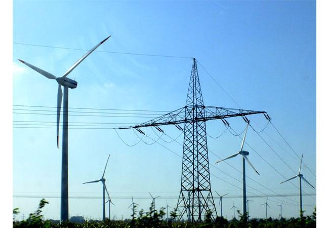 Windstrom nach Bayern bringen / Foto: HB