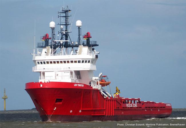 Der Schifffahrtsstandort Bremerhaven erfährt durch diesen Flottenzuwachs trotz des derzeit sehr schwierigen Umfeldes in der Schifffahrt eine deutliche Stärkung und entwickelt sich im zukunftsweisenden Offshore-Sektor kontinuierlich weiter. / Pressebild / Fotograf: Christian Eckardt