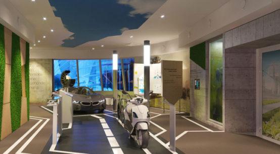 """Bildunterschrift: Im Ausstellungsraum """"Stadt der Zukunft"""" lenkt der Deutsche Pavillon den Blick auf den Lebensalltag der Menschen und widmet sich unter anderem dem Thema Elektromobilität. Copyright: insglück/gtp2/mac"""