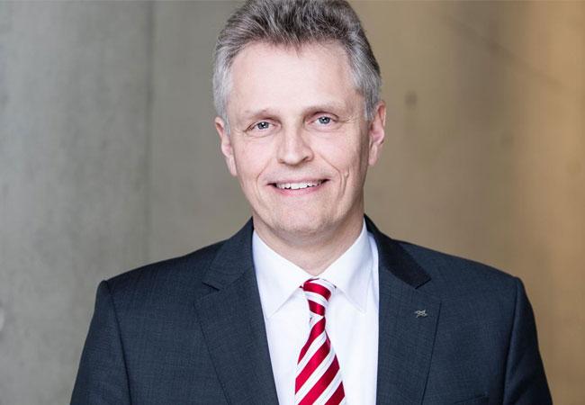 Pressebild: Prof. Karsten Lemmer, Vorstand für Energie und Verkehr beim Deutschen Zentrum für Luft- und Raumfahrt (DLR)