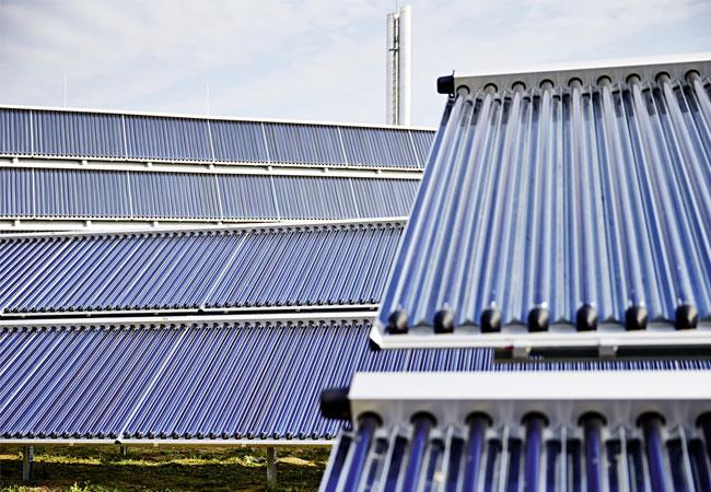 Pressebild: Mit Solarthermie können Prozesse in Industrie und Gewerbe unterstützt werden. (© Ritter XL Solar GmbH)