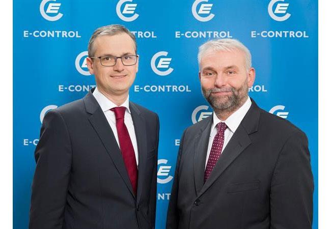 Vorstand der E-Control Dr. Wolfgang Urbantschitsch (links) und DI Andreas Eigenbauer Fotorechte: © (c) E-Control, Foto: A. Rauchenberger. Mit Copyrighthinweis zum Abdruck freigegeben