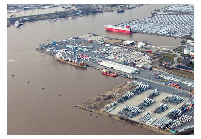 Pressebild: EPAS nimmt an der Offshore-Koordination und allen logistischen Operationen über das Terminal Nordkai in Emden teil