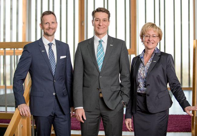 Pressebild: Vorstände der juwi-Gruppe: Stephan Hansen (COO), Michael Class (CEO), Dagmar Rehm (CFO)