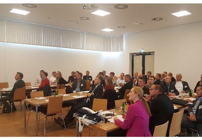 """Bildunterschrift: Volles Haus beim Workshop """"Marine fuels beyond LNG – Methanol as an alternative?"""" Bildquelle: GreenShipping Niedersachsen"""