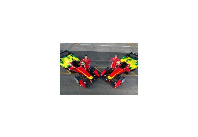 Die Formel-E-Fahrer von ABT Sportsline: Daniel Abt und Lucas di Grassi (v.l.n.r.), Bildquelle: ABT Sportsline GmbH