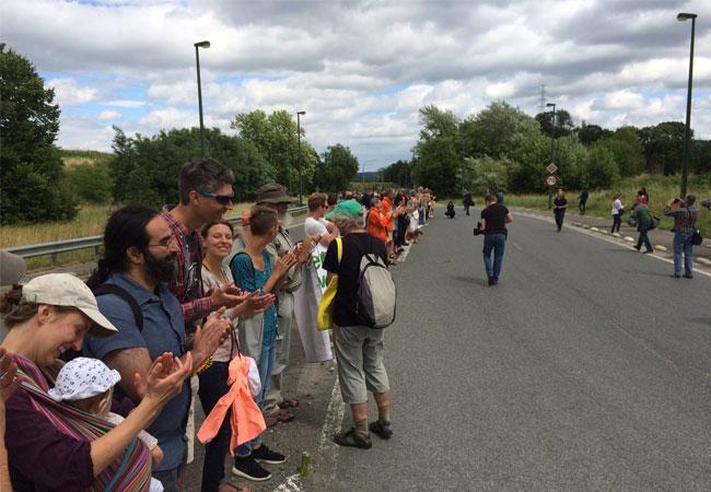Menschenkette / Pressebild