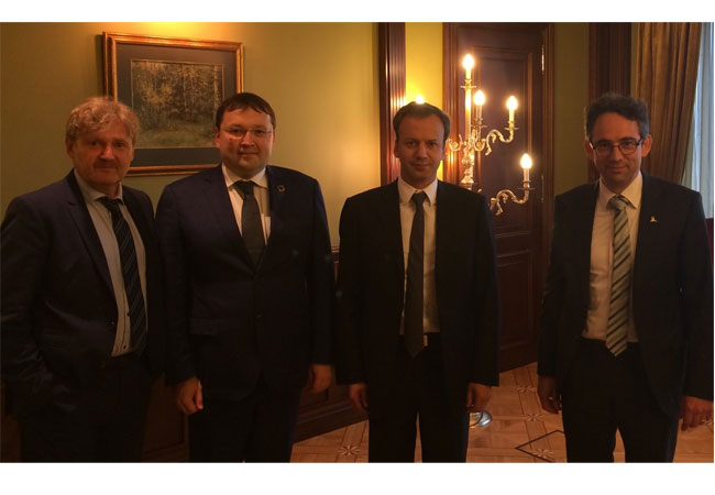 Attached a picture from yesterday's meeting with Deputy Prime Minister Dvorkovich, showing from right: WWEA Secretary General Stefan Gsänger, Russian Deputy Prime Minister Arkadi Dvorkovich, Eugeni Nikolaev, Mirko Hempel, FES Moscow Photo credit: WWEA